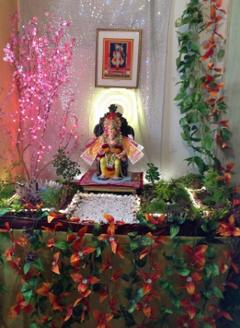 Ganesh Chaturthi Decoration Ideas Ria Bartwalat Dreamstream Com