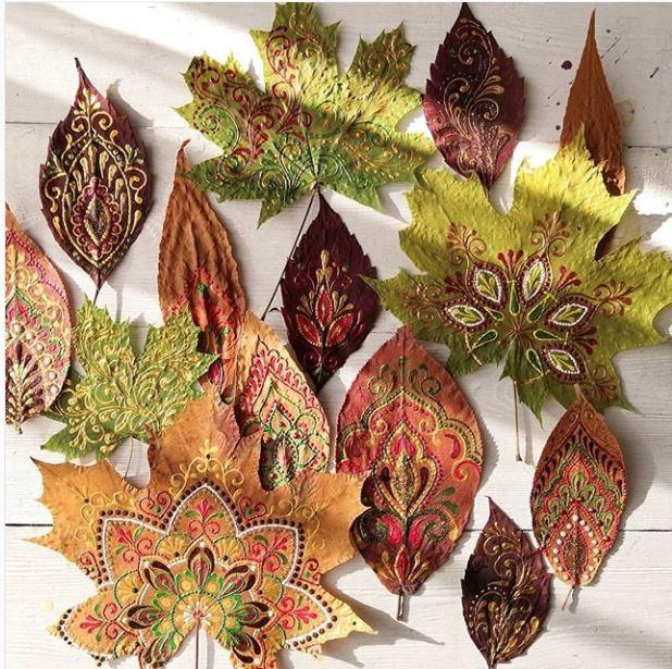 Doodling on leaves