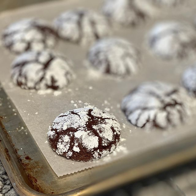 Sugar sprinkled muffins