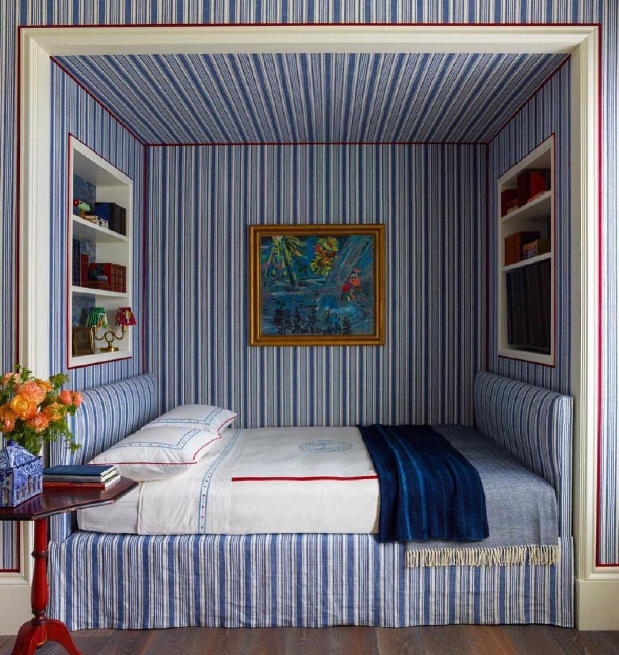 Blue and White stripes bedroom