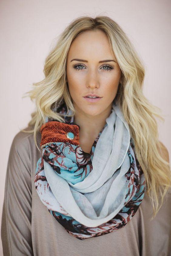 Women'S cute floral scarf
