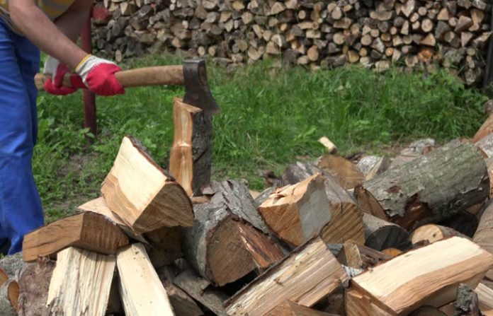 how-to-chop-wood