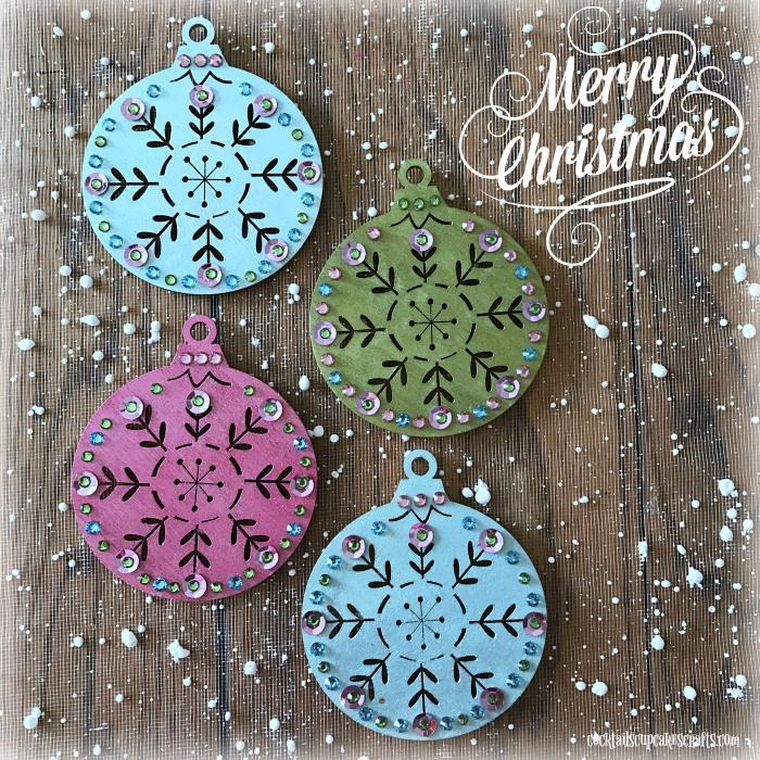 Attractive Christmas Ornament Ideas