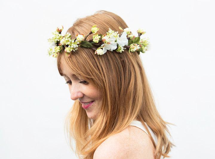 Flower woodland crown bridal