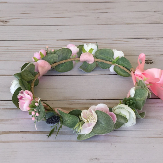 Succulent pink ivory crown flower