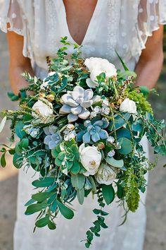 Spring fresh wedding bouquets