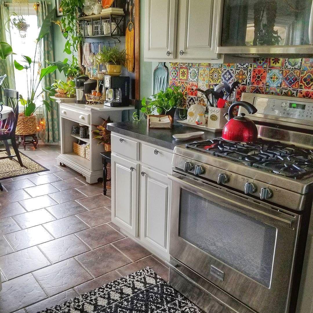 Tile lined kitchen
