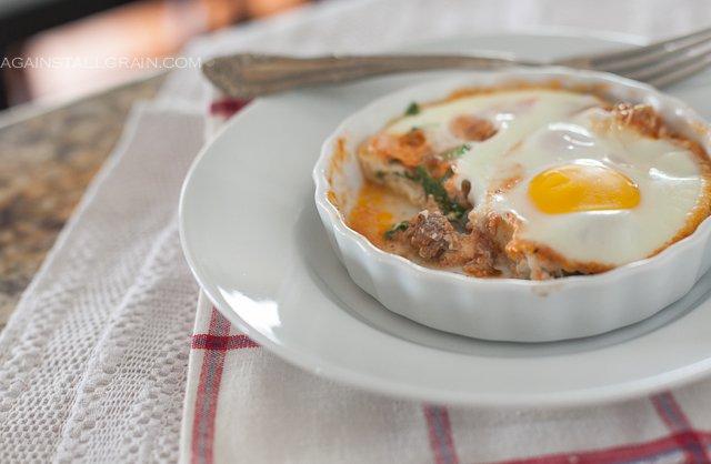Eggs baked italian