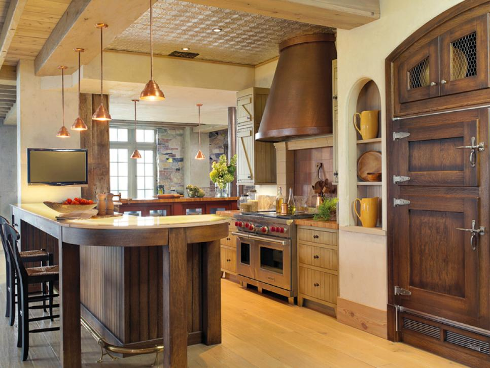Warm, Welcoming Rustic Kitchen