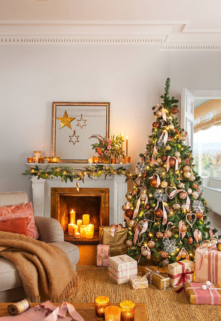 Cozy golden tones for Christmas