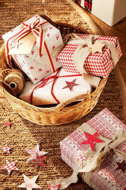 Red and white wrapping with stars