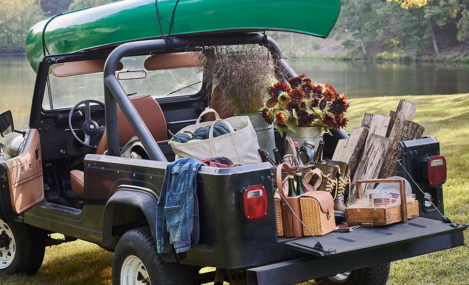 Jeep packed with picnic basket