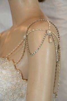 Shoulder jewelry accessories