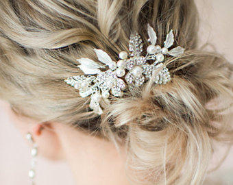 Flower silver vine leaf hair pearl