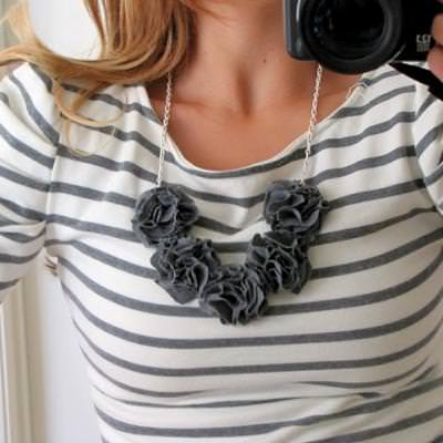 No-Sew fabric flower necklace