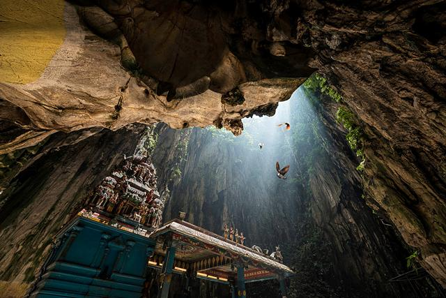 Most Amazing Caves in the World