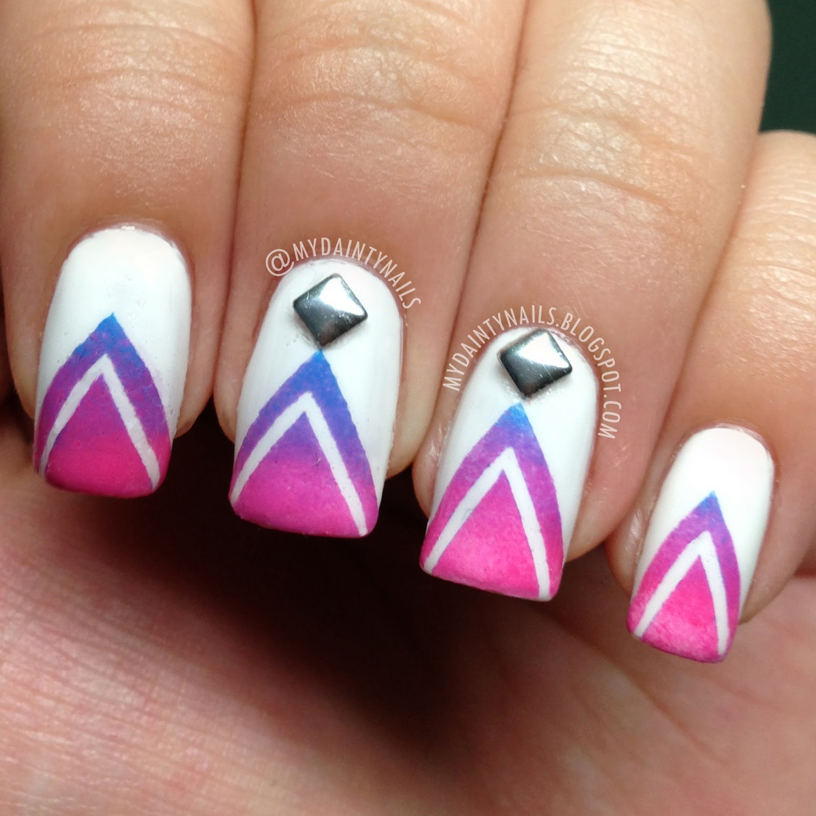 Ombre chevron nails