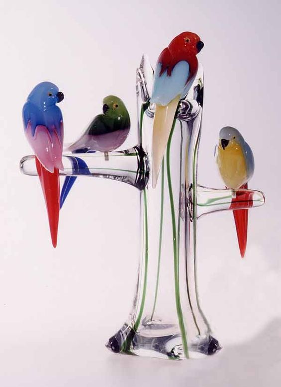 Glass art parrots