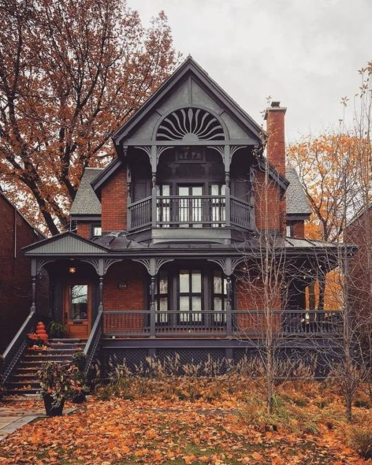 Brick lined gothic