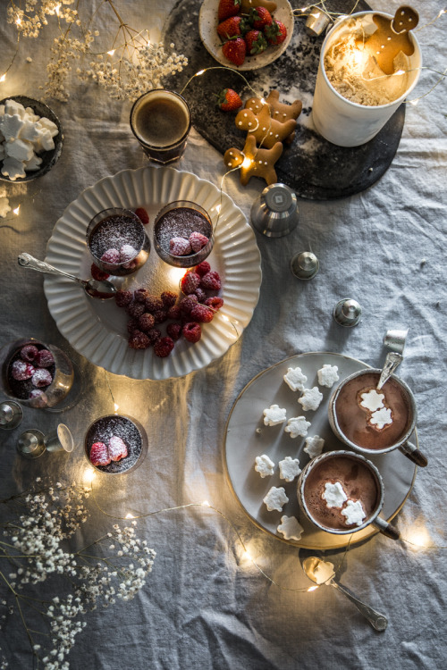 Winter table setting.