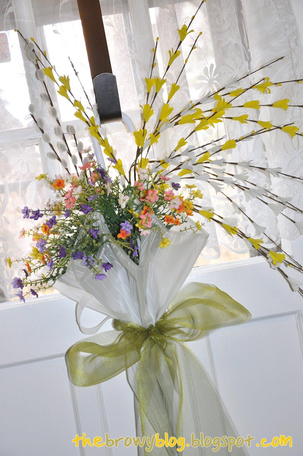 Spring umbrella wreath with bow