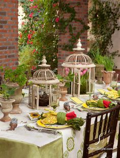 Spring tablescapes decor
