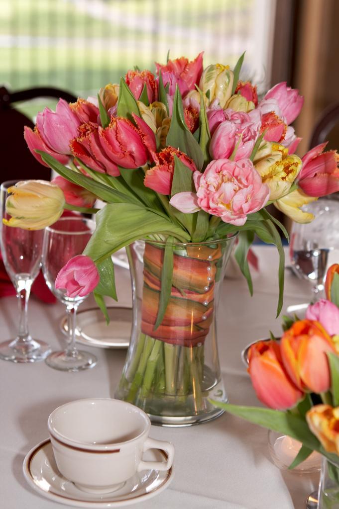 Purple tulips vase arrangement