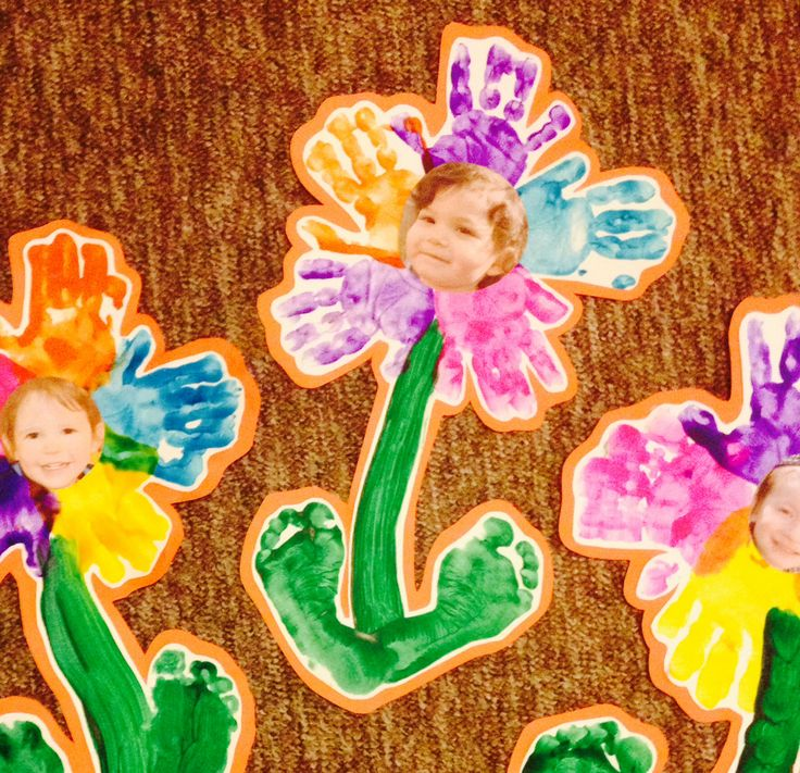Preschool handprints project flower
